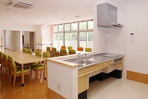 2階 食堂・キッチンコーナー