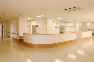 4階病棟ナースステーション